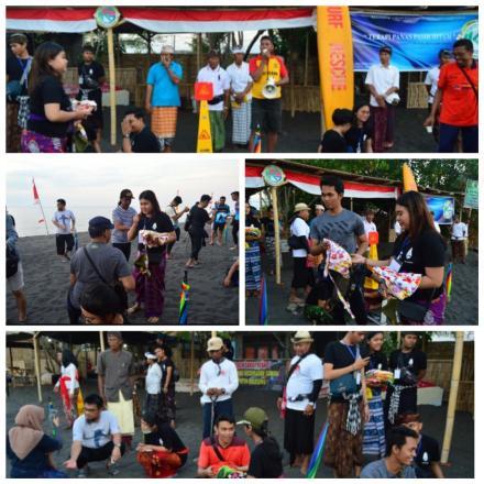 Dirjen Bea dan Cukai Jakarta Mencoba Terapi Panas Pasir Hitam di Pantai Giri Emas