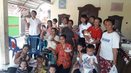 Bulan Februari & Agustus itu bulannya Vitamin A dan Obat Cacing Bagi Anak – Anak di Posyandu Desa Gi